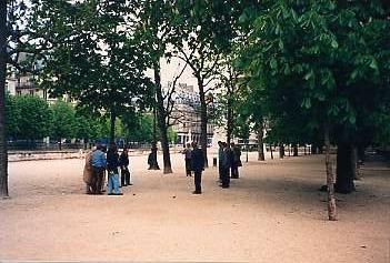 paris-boules.jpg
